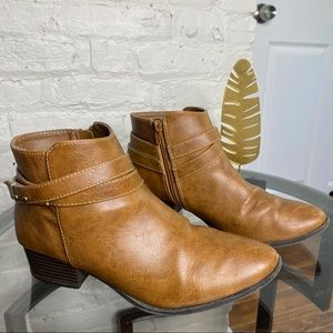 LC Lauren Conrad Belle Strappy Ankle Booties 8.5